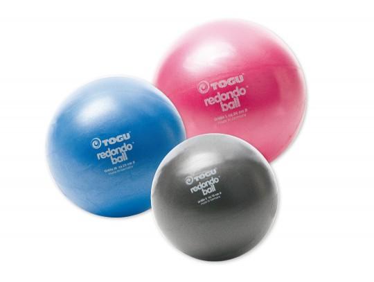 All-In Sport: Van zacht geschuimd PVC-materiaal vervaardigd. Deze bal heeft een afsluitdopje en is simpel en snel opblaasbaar en weer leeg te laten lop...