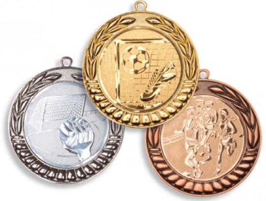 All-In Sport: Met standaardembleem en band naar keuze, kleuren: goud, zilver of brons leverbaar. De gewenste kleur van de medaille, en de band én het s...