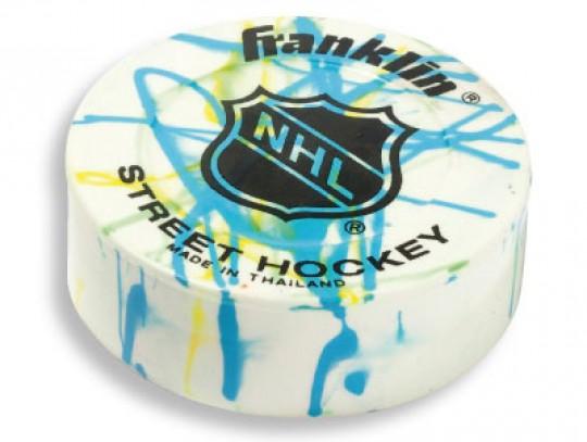 All-In Sport: Ø 7 cm, vervaardigd van speciale vinyl-mix, ideaal voor gladde oppervlakken. Kleuren assorti.