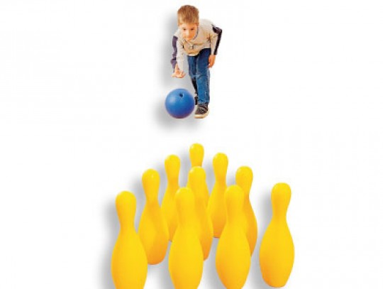 All-In Sport: Set bestaande uit 10 Pins, PE-schuim, hoogte 30 cm, bal Ø 21 cm van schuimstof met gripgaten.