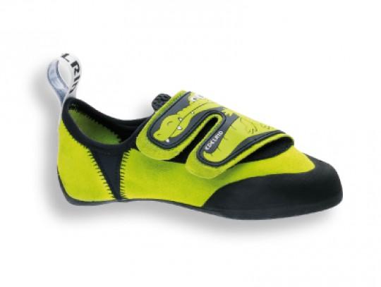 All-In Sport: Idealer Kletterschuh für Kinder. Die flexiblen Größeneinsätze an der Ferse, decken gleich zwei Schuhgrößen ab. Mit einer extrem weichen S...