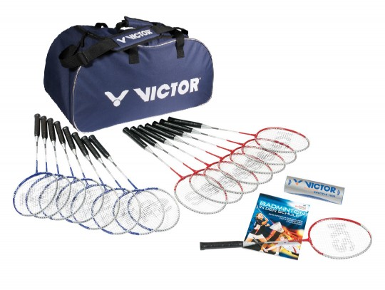 All-In Sport: Inhoud: 8 badmintonrackets SCHOOL D9700 8 badmintonrackets COLLEGE D9701 2 rollen badmintonshuttles VICTOR 1000 medium D9713 1 infomap Ba...