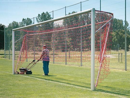 All-In Sport: hochklappbar, passend für Fußballtore aus Alu-Ovalprofil, stufenlos verstellbare Netztiefenregulierung von 150 cm bis 200 cm. Der klappba...
