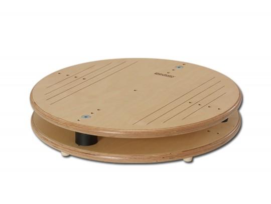 All-In Sport: In de therapeutische toepassing kunnen met de pedalo®-balanceerwip 50 verschillende stabilisatie-oefeningen geabsolveerd worden. De oefen...