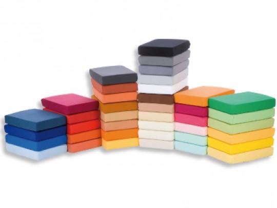 All-In Sport: Materiaal:<br /><br />- 80% katoen<br />- 20% polyamide<br />- 160 gr/m2<br />- Badstofkwaliteit<br /><br />Strijkvrij, geschikt voor was...