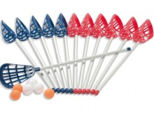 All-In Sport: De set bestaat uit: - 6 sticks in rood - 6 sticks in blauw - 6 ballen