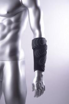 All-In Sport: <p>LILA Exogen onderarm sleeves. De onderarm sleeves zijn ideaal om de hand, pols en onderarmen te trainen op snelheid en kracht. Op dit ...