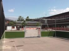 All-In Sport: De installatie is zo vervaardig, dat naast voetbal ook basketbal en volleybal gespeeld kan worden. Bijzonder geschikt voor zeer intensief...