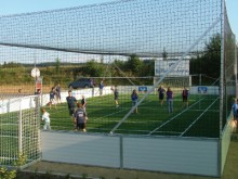 All-In Sport: De ideale aanvulling voor uw stationaire Outdoor Soccer Court! Van polypropyleen Compleet met alle montagematerialen Hiermee ontstaat een...