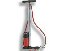 All-In Sport: Met manometer 0-10 bar en drukreservoir. Flexibele slang met naald- en puntnippel voor het oppompen van alle type ballen.