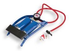 All-In Sport: Met manometer, slang met naald- en puntnippel, TÜV-getest. Capaciteit 420 ccm per slag.