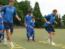 All-In Sport: 9 vakken – vaklengte en -breedte ca. 40 x 40 cm – met een totale lengte van ca. 4 meter, kleur geel.
