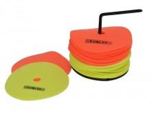 All-In Sport: <p><strong>Flatmarkers van rubber - set van 24 stuks</strong><br /><br />De Flatmarkers-set van rubber bestaat uit 12 gele en 12 oranje m...