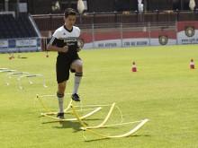 All-In Sport: Traploos in hoogte verstelbare trainingshorde (van ca. 5 tot 35 cm), van polyetherschuim, daardoor extra licht en breukvast. Simpele opbo...