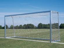 All-In Sport: Afm.: 500 x 200 cm. Lat en palen van aluminiumprofiel 80 x 80 mm, vrijstaand met geschroefde hoekverbindingen. Doeldiepte boven/onder 100...