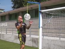 All-In Sport: De Kübler Sport® kopgalg-set bestaat uit een mobiele kopgalg (F3782) en een kwaliteits-kopgalgbal (F3752) voor een optimale prijs-/kwalit...