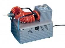 All-In Sport: Compacte compressor met kunststof behuizing, compleet met manometer, slang en nippels. Olievrij gebruik. Pompcapaciteit ca. 6.9 Bar, 220V...