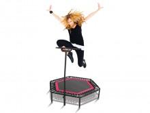 All-In Sport: Jumping Fitness - de perfecte conditietraining! De trampoline-workout in een groep in de sportschool of tussen de eigen vier muren op mot...