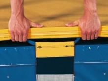 All-In Sport: Kern in Sandwichbauweise - superleicht: fester elastischer Leichtschaumstoff mit Verbundschaumauflage an der Oberseite. Überzug: strapazi...