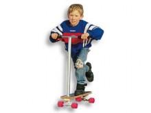 All-In Sport: De leuke step op 4 wielen. Ideaal voor kinderen v.a. 3 jaar – naar boven geen grenzen. Uiterst stabiel met uitstekende roleigenschappen. ...