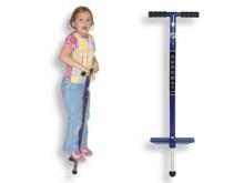 All-In Sport: Aan deze springstok kunnen kinderen tussen 6 en 16 jaar simpelweg lol beleven of de fitness en sprongkracht trainen. Daarbij worden tegel...
