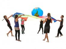 All-In Sport: Voor bewegingsspellen in de groep, om kinderen een gevoel voor sociale omgangsvormen over te brengen. Bijzonder waardevol is, dat er bij ...