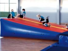 All-In Sport: AIR TRACK/Team-Track kan overal worden ingezet waar een permanente of tijdelijke installatie van een Flic-Flack of tumblingbaan vanwege p...
