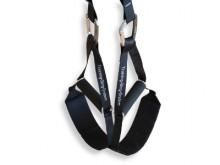 All-In Sport: Voor de Kübler Sport Slingtrainer gebruiken wij alleen het beste van het beste. Karabijnhaak en inhaaklussen zijn CE-getest en hebben een...