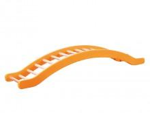 All-In Sport: Wip, brug, hindernis – alles in één toestel. De klimwippen zijn 35 cm breed. De zijdelen zijn van stabiel multiplex