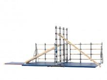 All-In Sport: <br /><br /><b>Productdetails:</b><br />- 1 hoofd klimrek 216 cm hoog <br />- 2 uitklapbare elementen 125 cm hoog<br />- Soepellopende tr...
