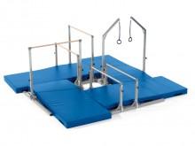 All-In Sport: Mit dem <b>Vier-Stationen-Grundrahmen</b> für die Kinderturngeräte-Serie <b>Just for Kids</b> erhalten Sie einen quadratischen, raumoptim...