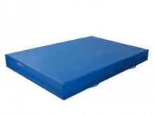All-In Sport: Kern van PE schuim SG 18. Hoes boven- en zijkant van zeildoek, onderzijde anti-slip turnmattenstof, aan 3 zijden voorzien van roostermate...