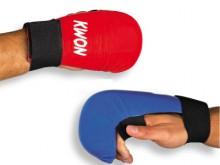 All-In Sport: Voorgevormd schuimstof deel met kunstleren bekleding en zeer goede fixatie aan de pols door klittenbandsluiting. De handbeschermer zonder...