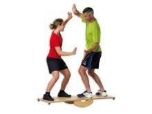 All-In Sport: Das <b>pedalo®-Wippbrett 150</b> ist ein Balancegerät, welches für Einzelübungen aber auch für Gruppenübungen genutzt werden kann.