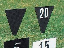All-In Sport: dreieckig 32 x 18 cm, mattschwarz mit Zahlen: Beschriftung einseitig.