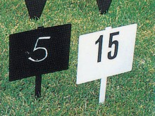 All-In Sport: viereckig 20 x 18 cm, mattschwarz ohne Zahlen (zur Beschriftung mit Kreide).