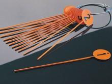 All-In Sport: Stahlscheiben ø ca. 7 cm, Gesamtlänge ca. 40 cm, weiß pulverbeschichtet, Nummern von 1-12.