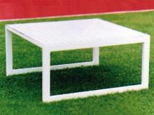 All-In Sport: Van aluminium, absoluut weerbestendig, anti-slip platform, afm. 80 x 80 x 40 cm.