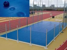 All-In Sport: Schokabsorberende mat in sandwich-opbouw, die de impactenergie van de stootkogels opneemt, bovenzijde en zijkanten met hoog-elastische ho...