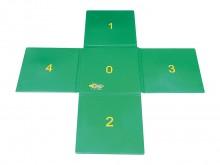 All-In Sport: 5 aan elkaar verbonden kwadraten kantlengtes ca. 50 cm, van ca. 1 cm dik schuimstof met gebruiksvriendelijk oppervlak.