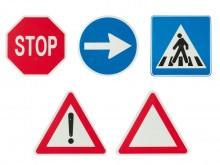 All-In Sport: Vijf verschillende verkeersborden van kunststof, uitermate geschikt voor de verkeersles.