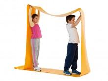 All-In Sport: Van slijtvast PVC-zeildoek, ca. 7 meter lang eindloos gelast, ca. 50 cm breed. Dit spel verlangt aanpassingsvaardigheid en samenwerkingsv...