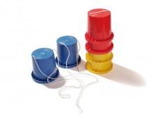 All-In Sport: Van kunststof. Met versterkte loopranden en kunststof touwen, 12 cm hoog, 10,5 cm Ø, in kleuren assorti, per paar.