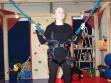 All-In Sport: In Kombination mit Bungee-Seilen attraktives, multifunktionales SI-Gerät. Das Kind schwingt sanft auf und ab, hin und her. Vermittelt Sch...