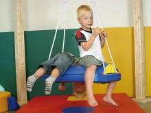 All-In Sport: De Paardschommel is een rechthoekige schommel waarop de kinderen het rijden op een paard nabootsen. Met het optionele Paardzadel (P8523) ...