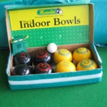 All-In Sport: <p>Set Koersballen bestaande uit:</p> <ul> <li>4 gele Koersballen</li> <li>4 zwarte koersballen</li> <li>1 meetlint</li> <li>1 jack<...
