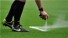 All-In Sport: Refs Spray is de bekende schuimspray die tijdens het WK voetbal in Brazilië werd geïntroduceerd. Het markeert de plaats van de bal en de ...
