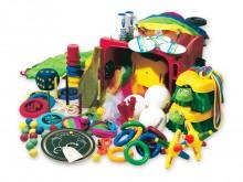 All-In Sport: <p>Verrolbare container met ontelbare sport en spelartikelen:</p> <ul> <li>1 parachute 4 meter</li> <li>2 ringwerpspellen</li> <li>2 ...