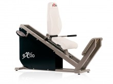 All-In Sport: Dit toestel bewerkstelligd een buig- en strekbeweging van de benen in zittende positie en in een gesloten kinetische ketting. De concentr...