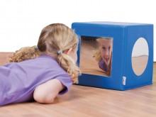 All-In Sport: De Spiegelkubus is het ideale speel- en therapie-artikel.<br /><br />Sinds kort wordt de spiegeltherapie in de ergotherapie succesvol toe...